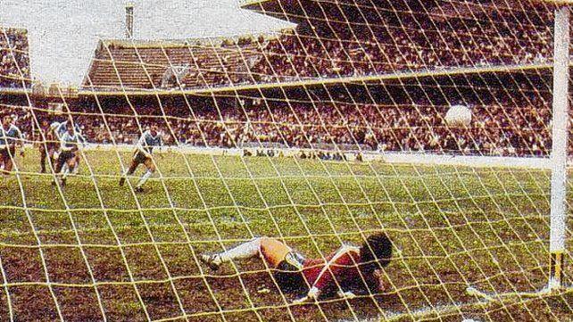 Nacional del 83. El canalla fue eliminado por el gasolero en cuartos de final 1 a 0.