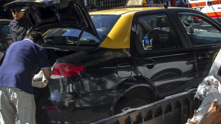 El municipio retuvo 300 licencias de conducir por estacionar en doble fila