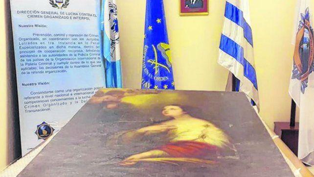 El lienzo. La realización del artista español permanece en la República Oriental del Uruguay.