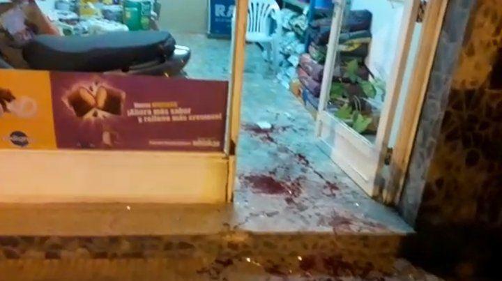 Un comerciante se defendió de un robo y terminó internado