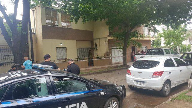 El cuerpo presentaba signos de violencia, pero no fue un robo, dijo la fiscal que investiga el crimen del peluquero