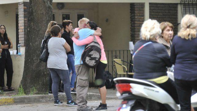 Un peluquero fue hallado ahorcado y maniatado en su vivienda de La Florida