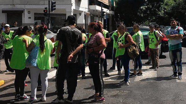 En la calle. La CCC pide aumento de fondos en la tarjeta de ciudadanía.