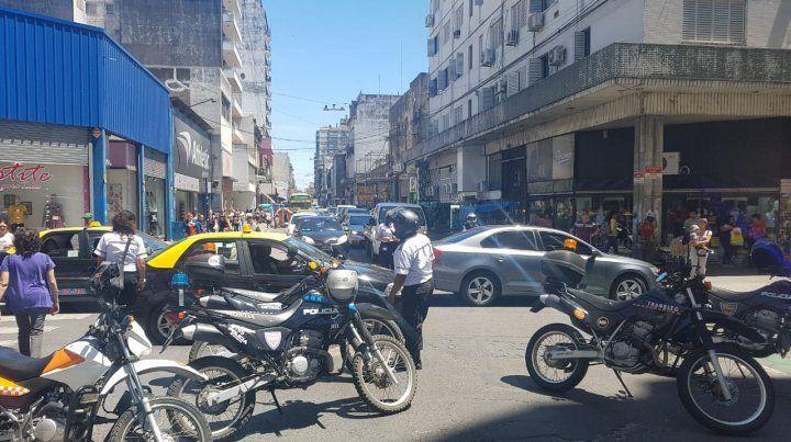 Un médico fue embestido por una camioneta en Mitre y San Luis