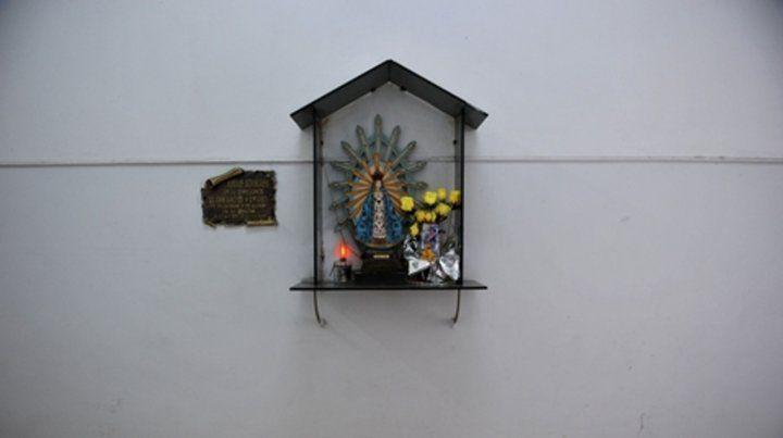 Virgen de Luján. Aseguran que la simbología religiosa no es representativa de la totalidad de la población.