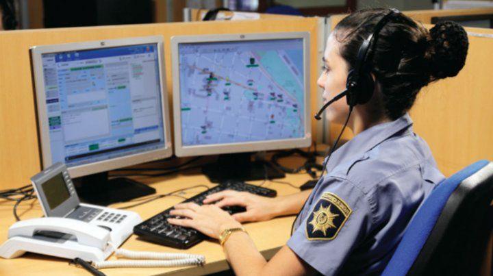 Los operadores del 911 en la ciudad recibieron en octubre unas 130 mil llamadas. Casi la mitad de ellas no eran emergencias policiales.