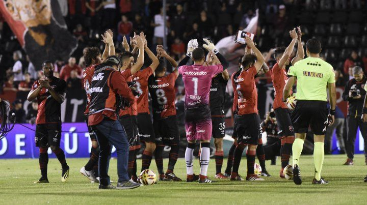 Superliga reprogramó el horario del partido de Newells ante Defensa