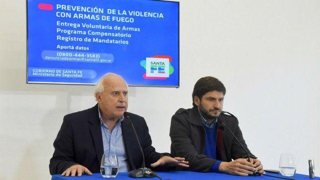 Medidas de prevención. El gobernador Miguel Lifschitz y el ministro de Seguridad