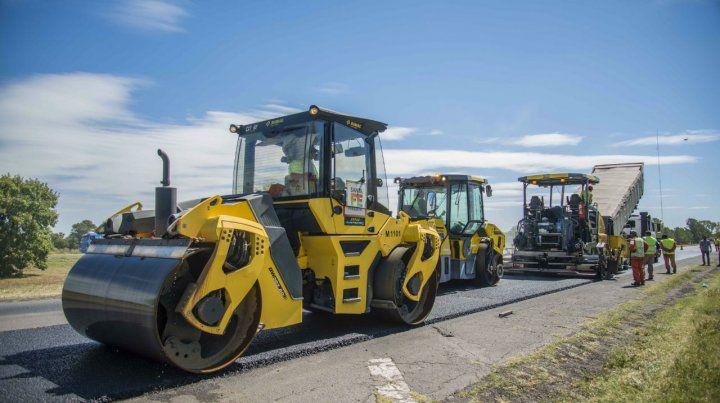 La obra se desarrolla en tres frentes de trabajo que completan los 170 kilómetros de reconstrucción.