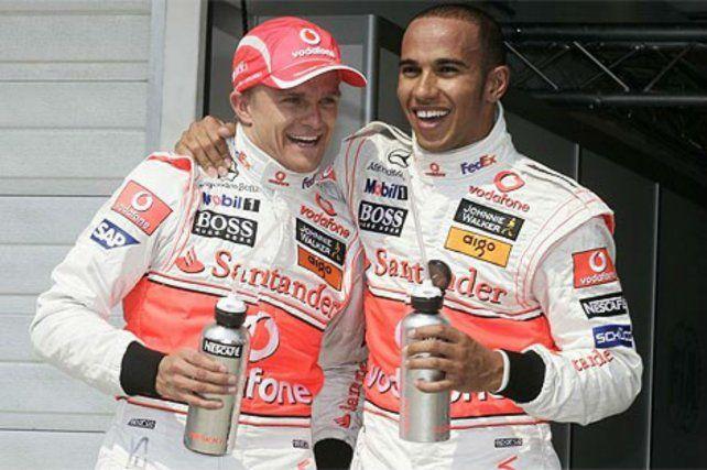 Saludo. Massa y Hamilton entregaron una gran definición de campeonato en 2008.