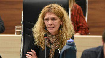 Celeste Lepratti: No puede solicitar incumplir una norma