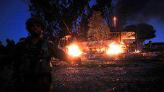 Objetivo civil. Un colectivo fue destruido por un misil antitanque palestino. Hubo numerosos heridos.