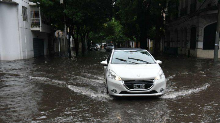 Defensa Civil de la Municipalidad dijo que en promedio llovió en dos días lo que llueve en dos meses