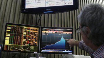 Mercados. Las acciones que cotizan en la Bolsa porteña bajaron fuerte.