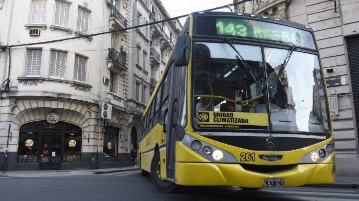 Desde el 1º de enero serán suprimidos los subsidios al transporte. Eso haría subir la tarifa.