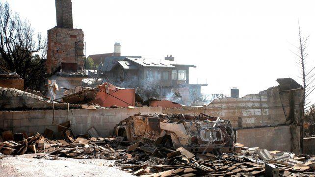 La desolación de Malibú, una de las zonas más lujosas de California tras los incendios forestales