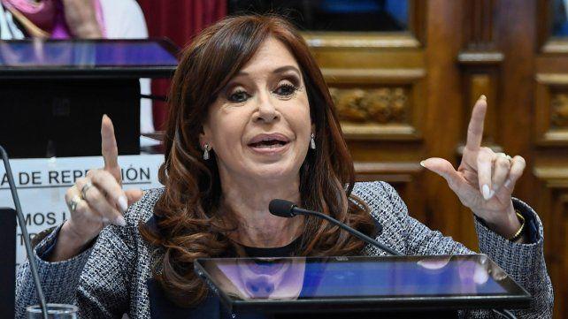 Banca segura. Cristina Kirchner cuenta esta vez con el apoyo de todo el PJ y de otras fuerzas provinciales.