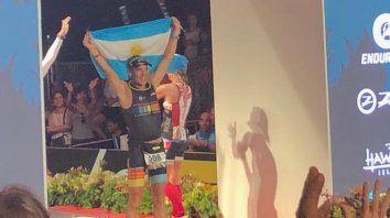 Meta. Germán Cabos llegó a la meta en 12 horas porque corrió lesionado.