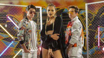Agustín Bernasconi, Leslie Grace y Maxi Espíndola prendieron Fuego YouTube con su nuevo single.