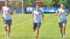 Puesta a punto. Fydriszewski, Torres y Sarmiento se entrenan diferenciado para recuperar la mejor condición física. El volante creativo no juega desde marzo pasado.