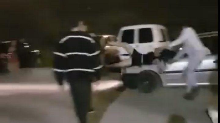 Buscan a un conductor que atropelló a una chica en una fiesta de egresados