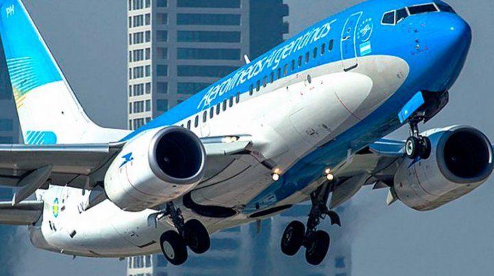 El presidente de Aerolíneas reveló que la empresa está prácticamente quebrada.