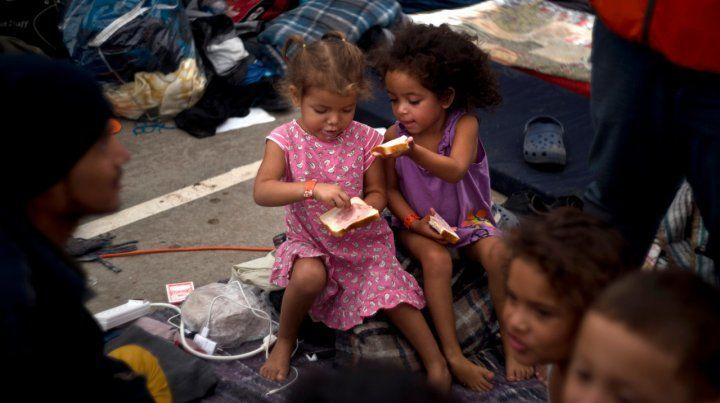 México detuvo a casi todos los migrantes de la cuarta caravana