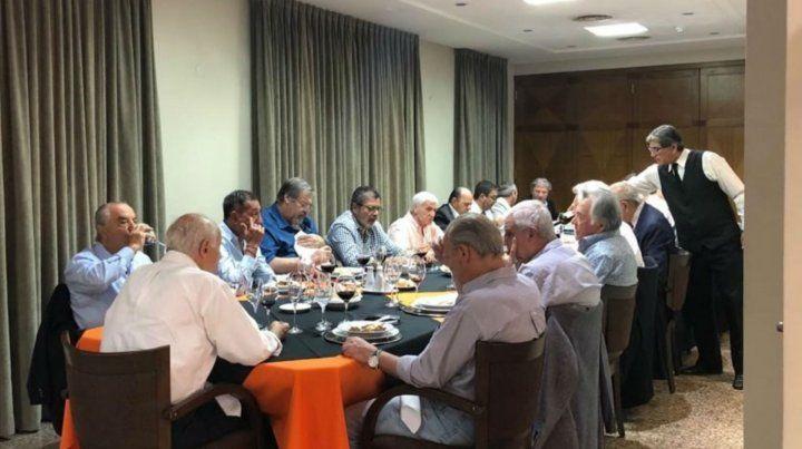 Lavagna visitó a líderes cegetistas y reavivó su condición de presidenciable