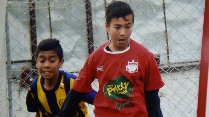 Pablo jugaba de enganche en Juan XXIII. Tenía 3 años cuando comenzó a practicar fútbol.