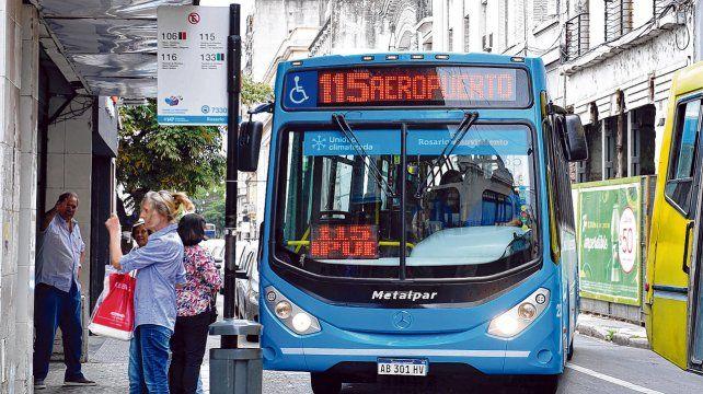 El municipio estudia aumentar la patente para subsidiar el transporte