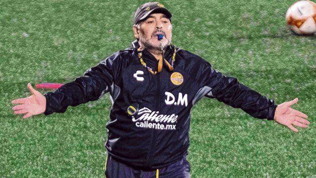 Punzante. Diego también criticó a la AFA y se mostró molesto por dejar ir al Tata Martino a México.