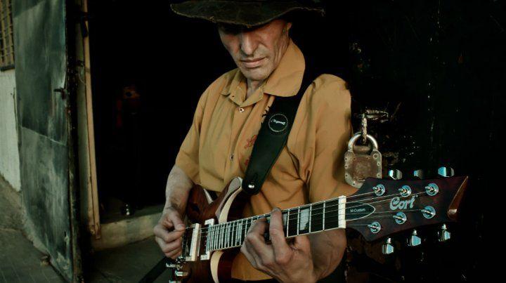 El show. El ex músico de los Redondos dijo que en Rosario siempre encuentra un público con mucha onda.