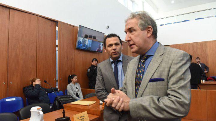 Defensores. Fausto Yrure y Carlos Edwards alegaron ayer en el juicio.