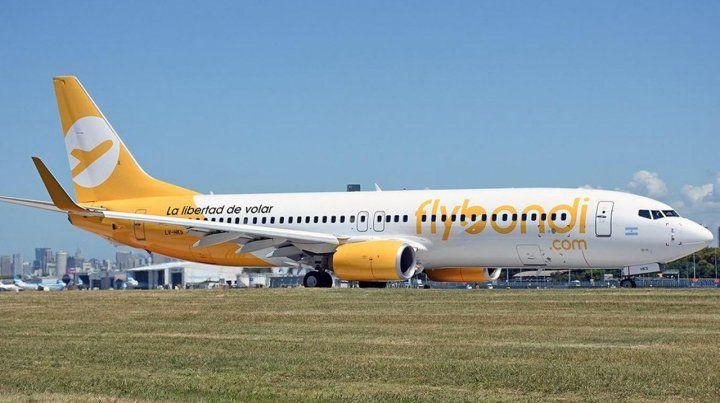 Flybondi cambiará gratis el vuelo a quienes hayan viajado para ver River-Boca