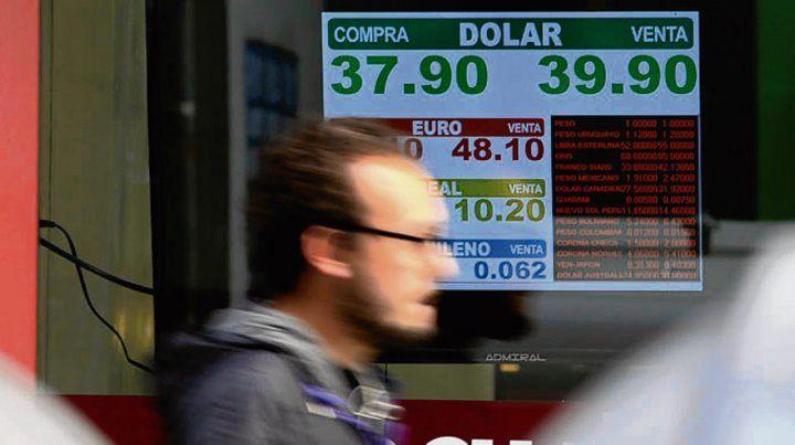 Rebote. El dólar se calmó por 50 días y volvió a subir hace dos semanas.