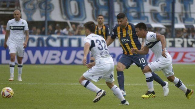 El 10 en el medio. Néstor Ortigoza es clave en el juego que quiere Bauza y hoy vuelve tras cumplir la fecha de suspensión.