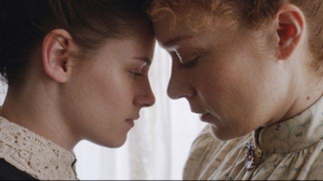 La dama y la criada. Kristen Stewart y Chloë Sevigny