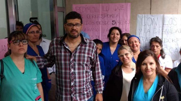 En el sanatorio Güemes denuncian una situación crítica por sueldos atrasados