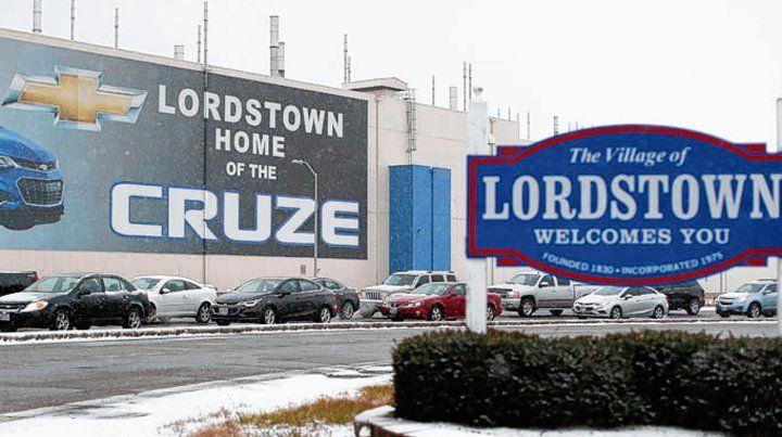 Recortes. Unas de las fábricas que dejará de producir vehículos de GM.
