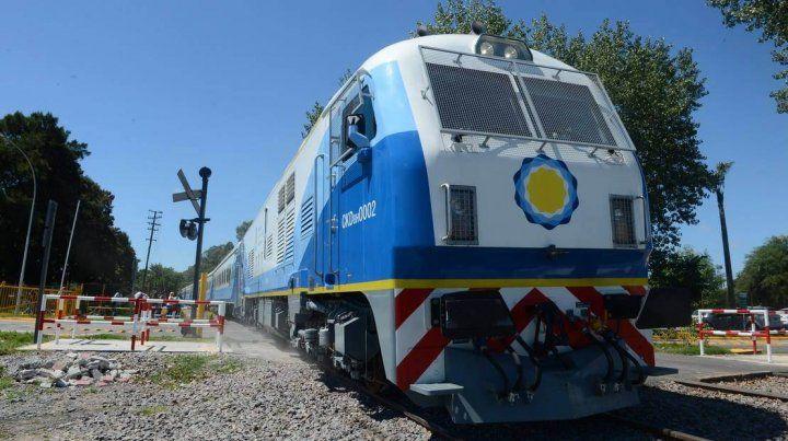 Los trenes a Tucumán y Córdoba tendrán parada en Rosario