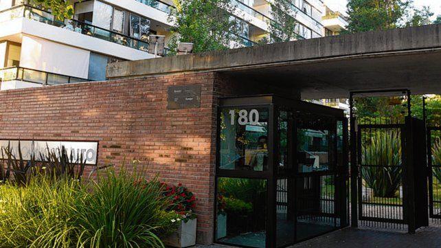 El alto. Un condominio donde se allanaron propiedades de Alvarado.