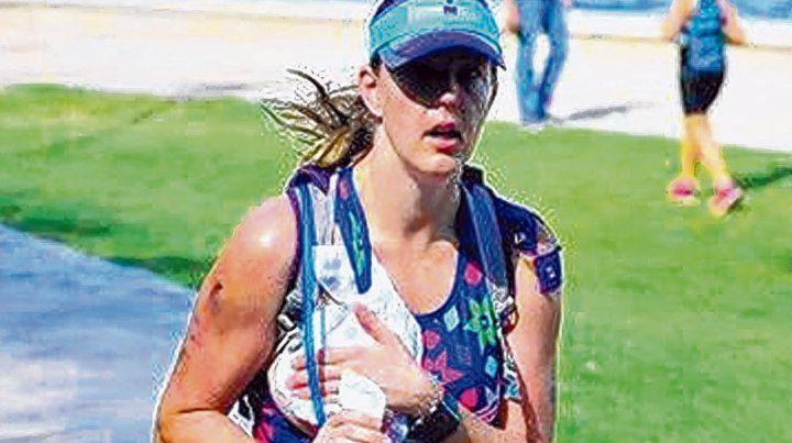 Sloan. La norteamericana corre en Arizona y se ocupa en alimentar a su hijita de 7 meses.