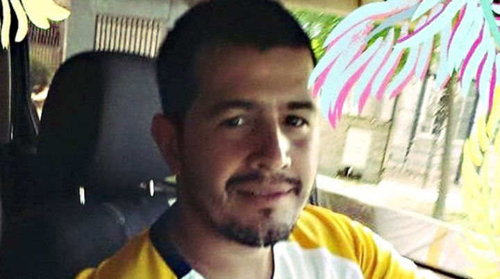Ofrecen 800 mil pesos de recompensa para quien aporte datos sobre un joven desaparecido