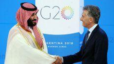 Protocolo. Macri saludó al príncipe heredero antes de la foto grupal.
