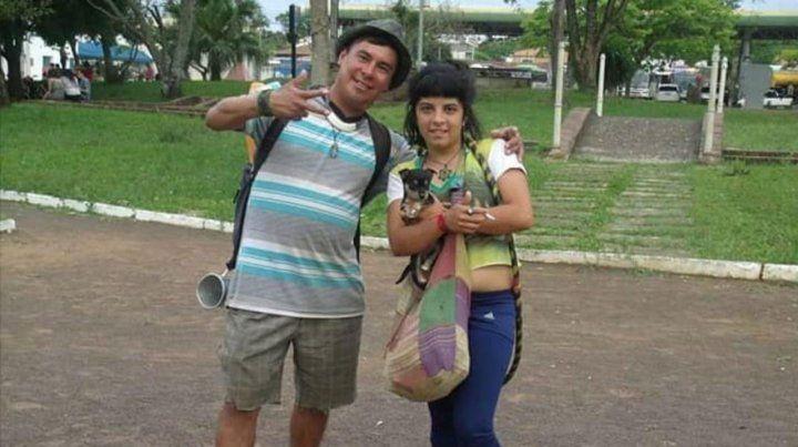 Trasladaron a Santa Fe a la chica quemada por su novio en Brasil
