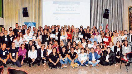 Reconocidos. Más de 35 entidades de todo el país recibieron el premio Fedefa a la Solidaridad 2018, en un numeroso acto. Gentileza: FotoPositiva