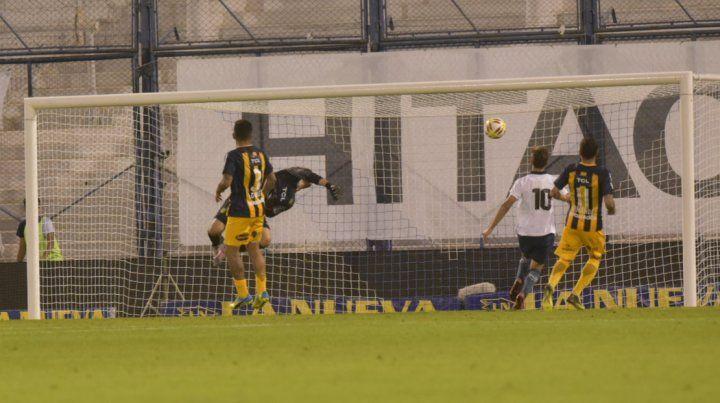 Central aguantó hasta donde pudo y perdió 2 a 0 con Vélez en Liniers