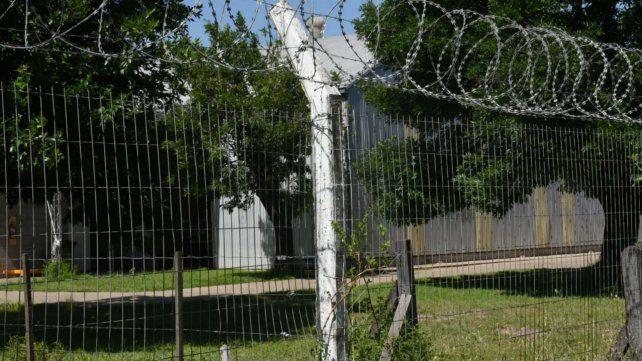 La fábrica ubicada en Villa Gobernador Gálvez, de donde se llevaron dos burros.