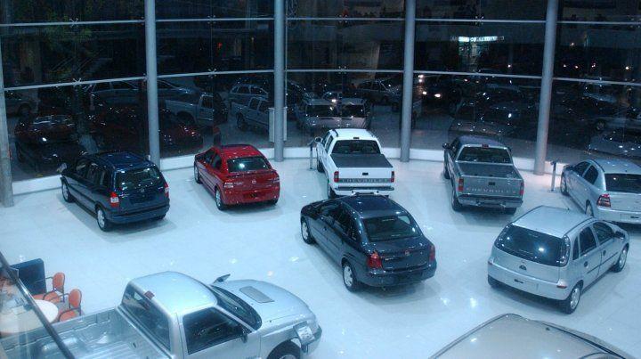 Ventas de autos 0 km cayeron 54,5 por ciento en marzo