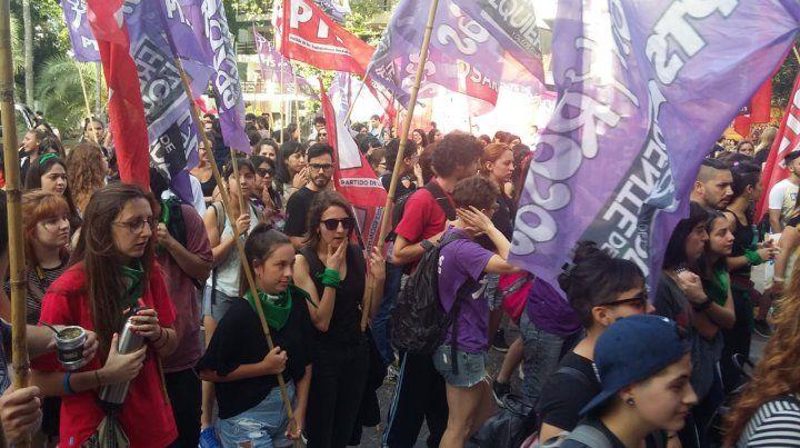 Marcha de mujeres a los tribunales para decir basta de Justicia patriarcal